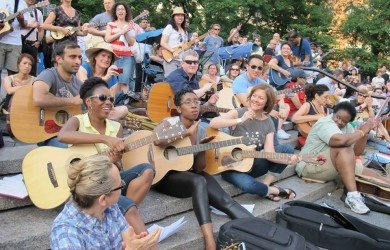 NYC Guitar School Students In Mass Playalong at Mass Appeal Make Music NY